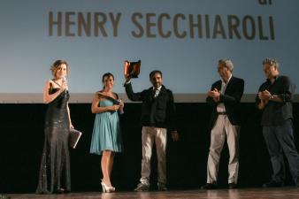 Linking Lives di Henry Secchiaroli premiato com e Miglior Pitch Trailer