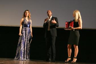 Nicola Maccanico ritira il premio alla Professionalità